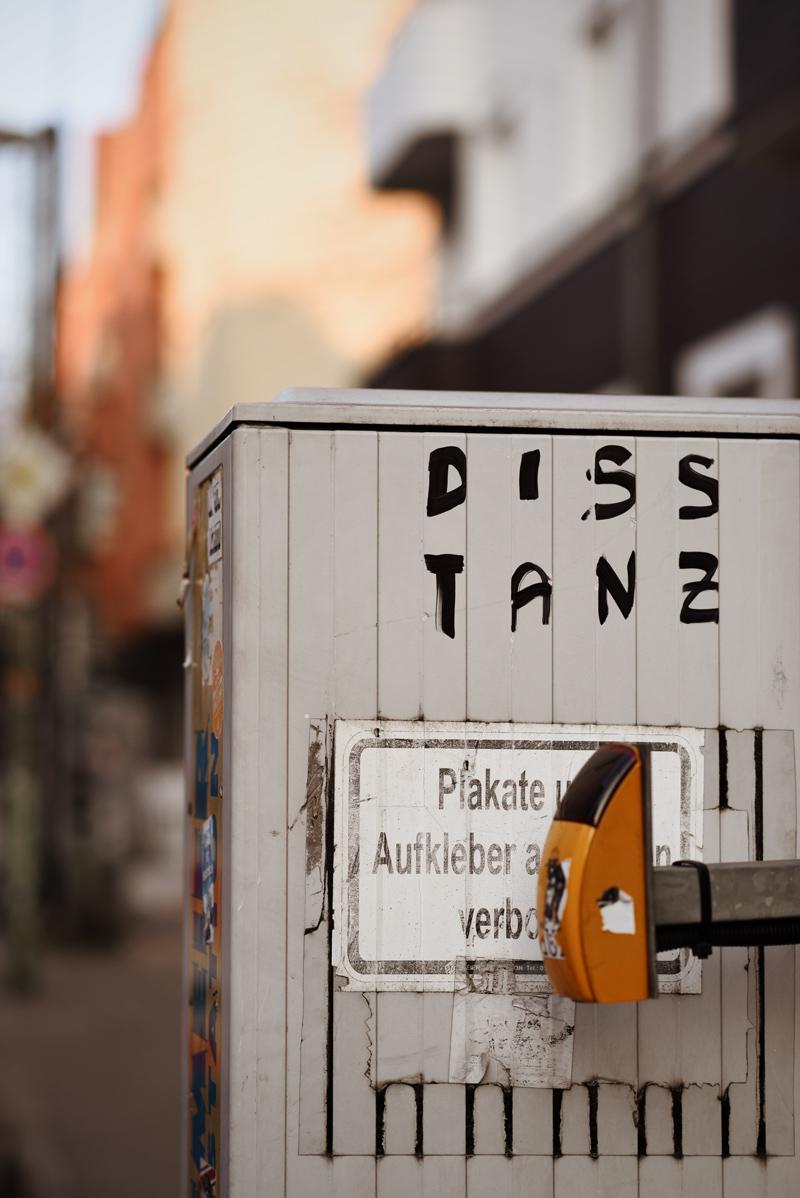 berlin, friedrichshain, strasse, portrait, blogger, lifestyle, fashionblogger, modeblog, travel, reise, hauptstadt, city, metropole