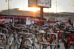 berlin, fahrrad, sonnenuntergang, sunset, friedrichshain, warschauer, strasse, portrait, blogger, lifestyle, fashionblogger, modeblog, travel, reise, hauptstadt, city, metropole