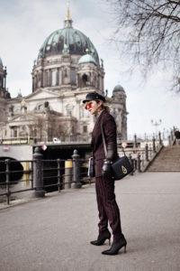 vogue, stripes, suit, streifen, anzug, kenzo, bag, heels, sock, boots, outfit, fashionblogger, modeblog, berlin, streetstyle, vero, moda, look, ootd