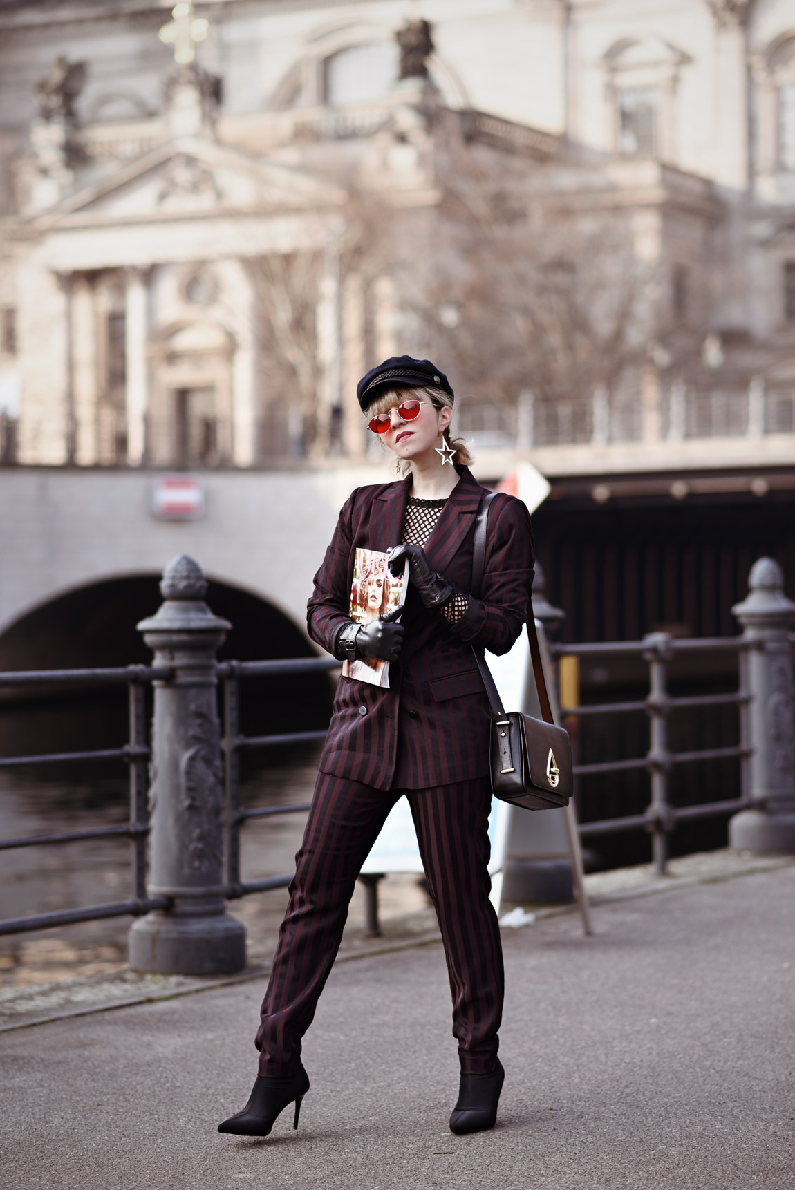 vogue, stripes, suit, streifen, anzug, kenzo, bag, heels, sock, boots, outfit, fashionblogger, modeblog, berlin, streetstyle, vero, moda, look, ootd