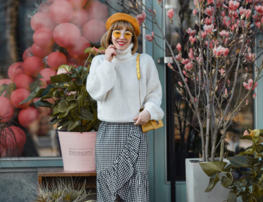 karo, midirock, skirt, berlin, nachgestern, fashionblogger, modeblogger, yellow, mango, luftballons, outfit, inspiration, streetstyle