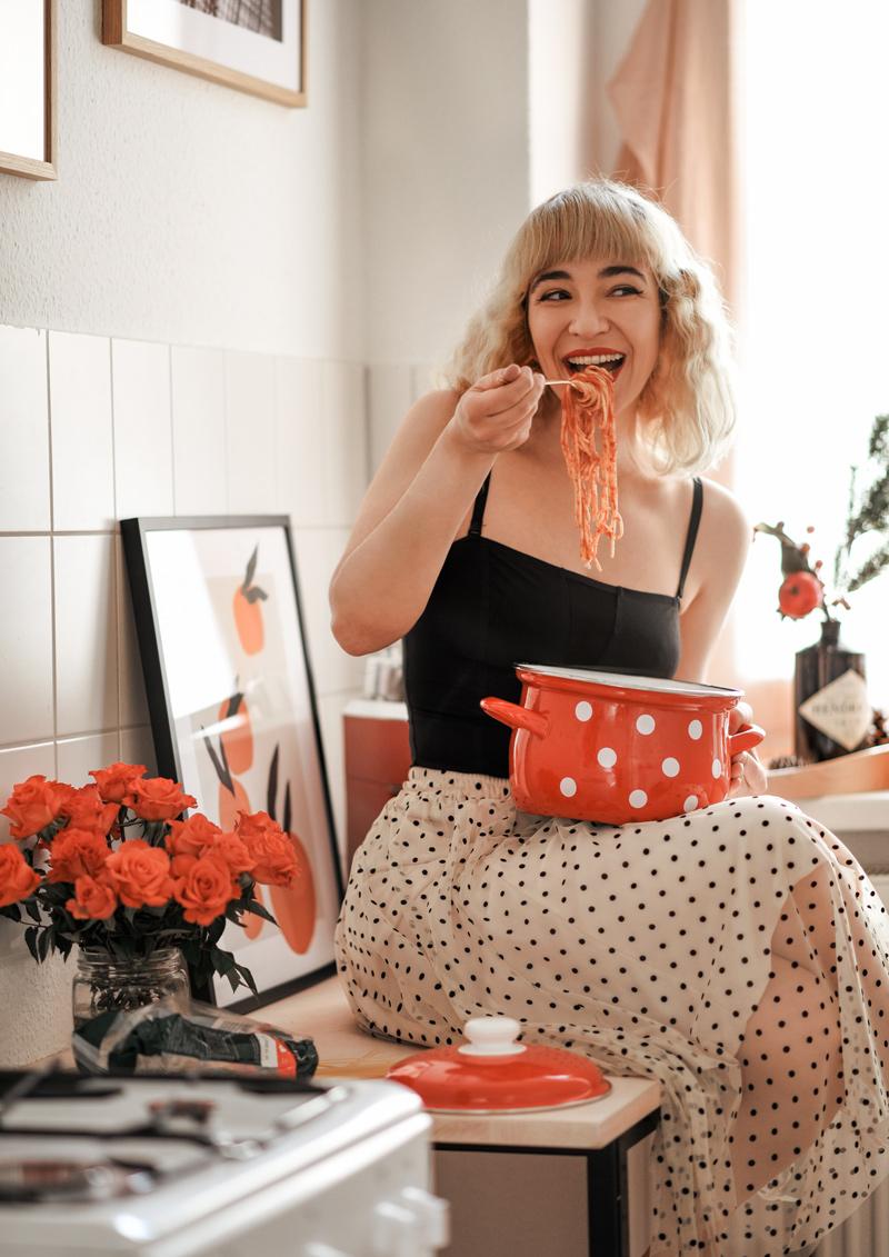 feminismus, shapewear, formende, unterwäsche, shapeme, online, berlin, blogger, lifestyle, gesellschaft, emanzipation, body, küche, kochen, inspiration