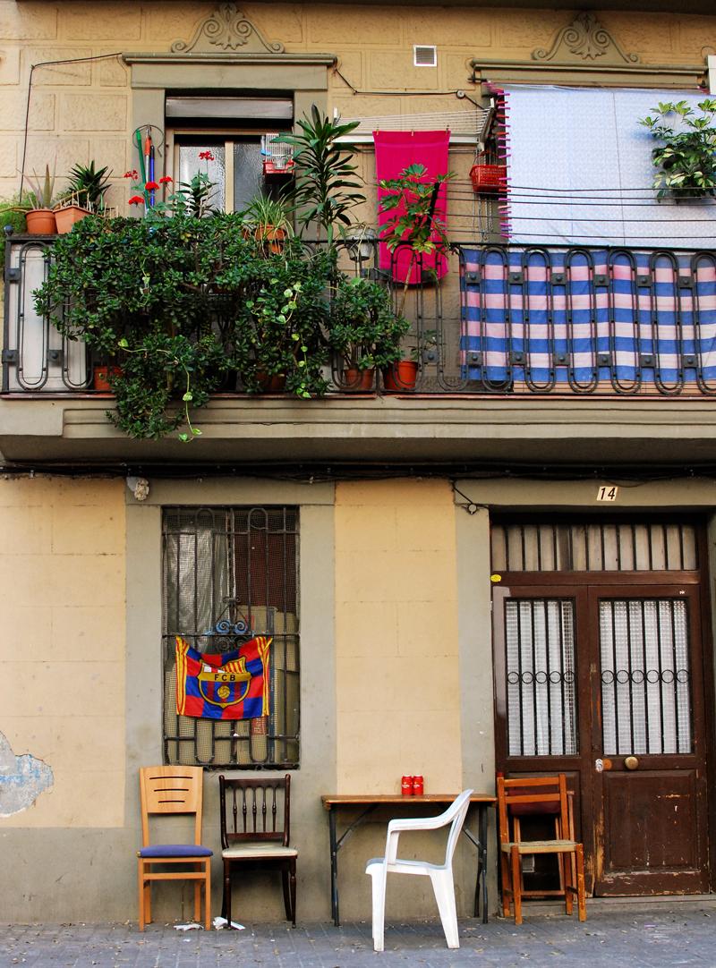 barcelona-strasse-haus-stimmung-sitzgelegenheit-reise