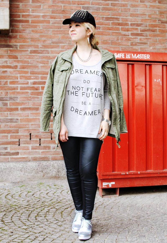 fashion-blog-outfit-parka-print-romantic-urban
