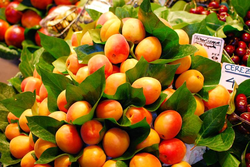 markt-barcelona-reise-food-obst-fruits2