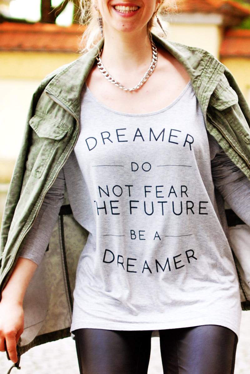 newyorker-tshirt-top-print-fashion-dreamer-romantic