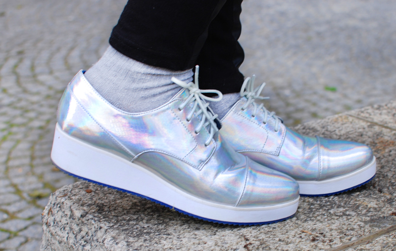 schuhe-shoes-boots-holograph-silver-metallic