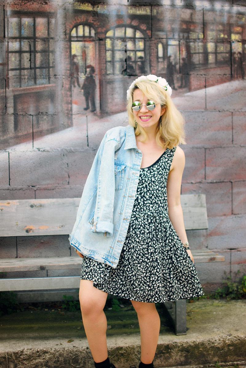 destroyed-denim-jacket-millefleurs-dress-forever21-outfit-blogger-fashion6