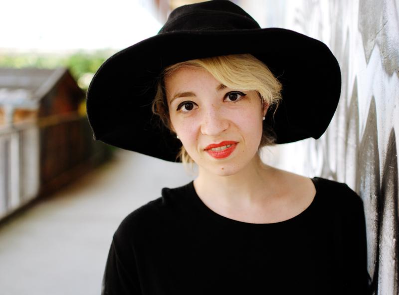 portrait-festival-outfit-blogger-fashion