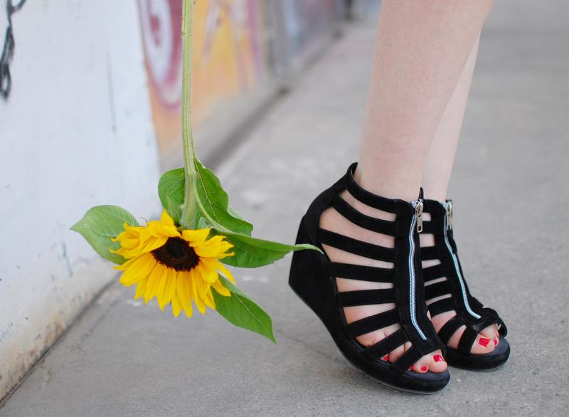 schuhe-shoes-wedges-sandals-gladiators-fashion-blogger