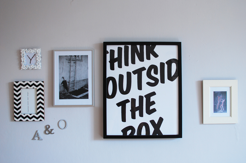 Galeriewand-interior-living-deko-bild-picture-kunst-art-home