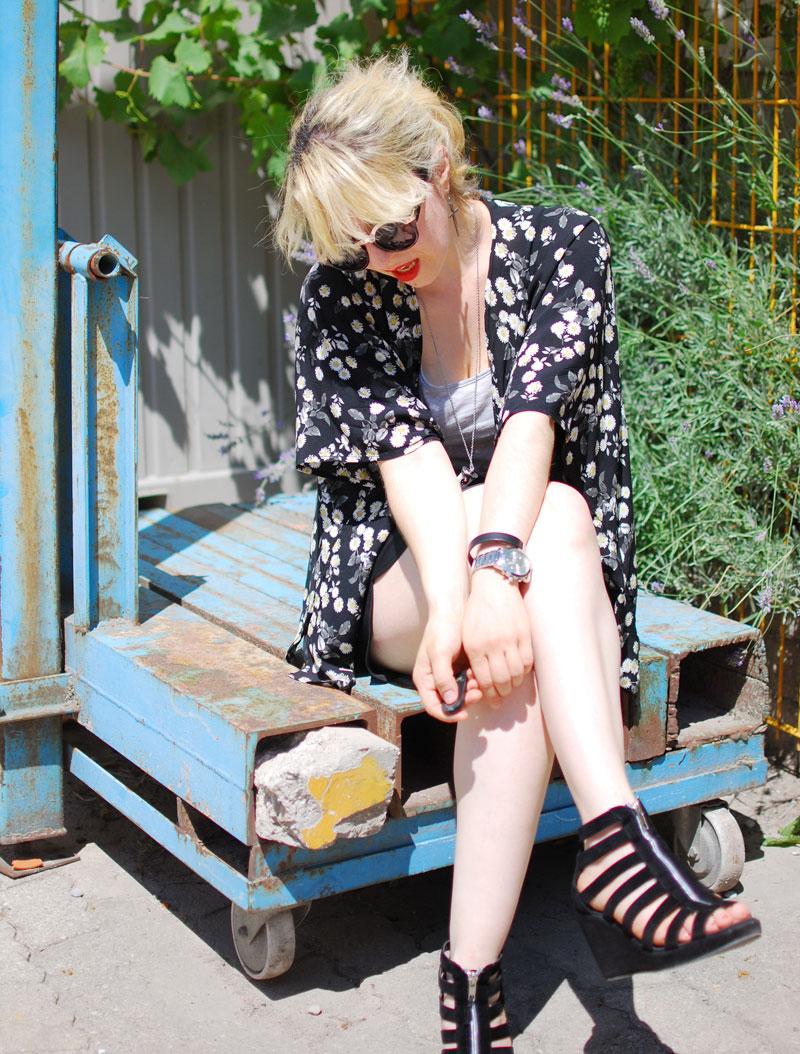 sit-fashion-outfit-look-blogger-mode-kimono-festival-sommer-gaensebluemchen