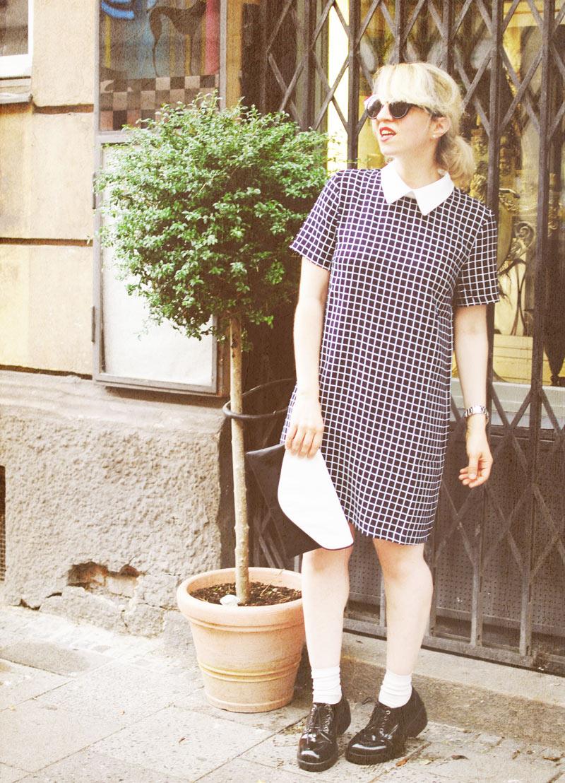 tartan-dress-bubikragen-60ies-retro-vintage-outfit-blogger-fashion