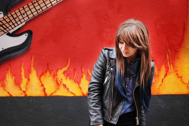 portrait-wig-ombre-hair-fashion-blogger-blog-nachgestern-distressed-denim-leather-2