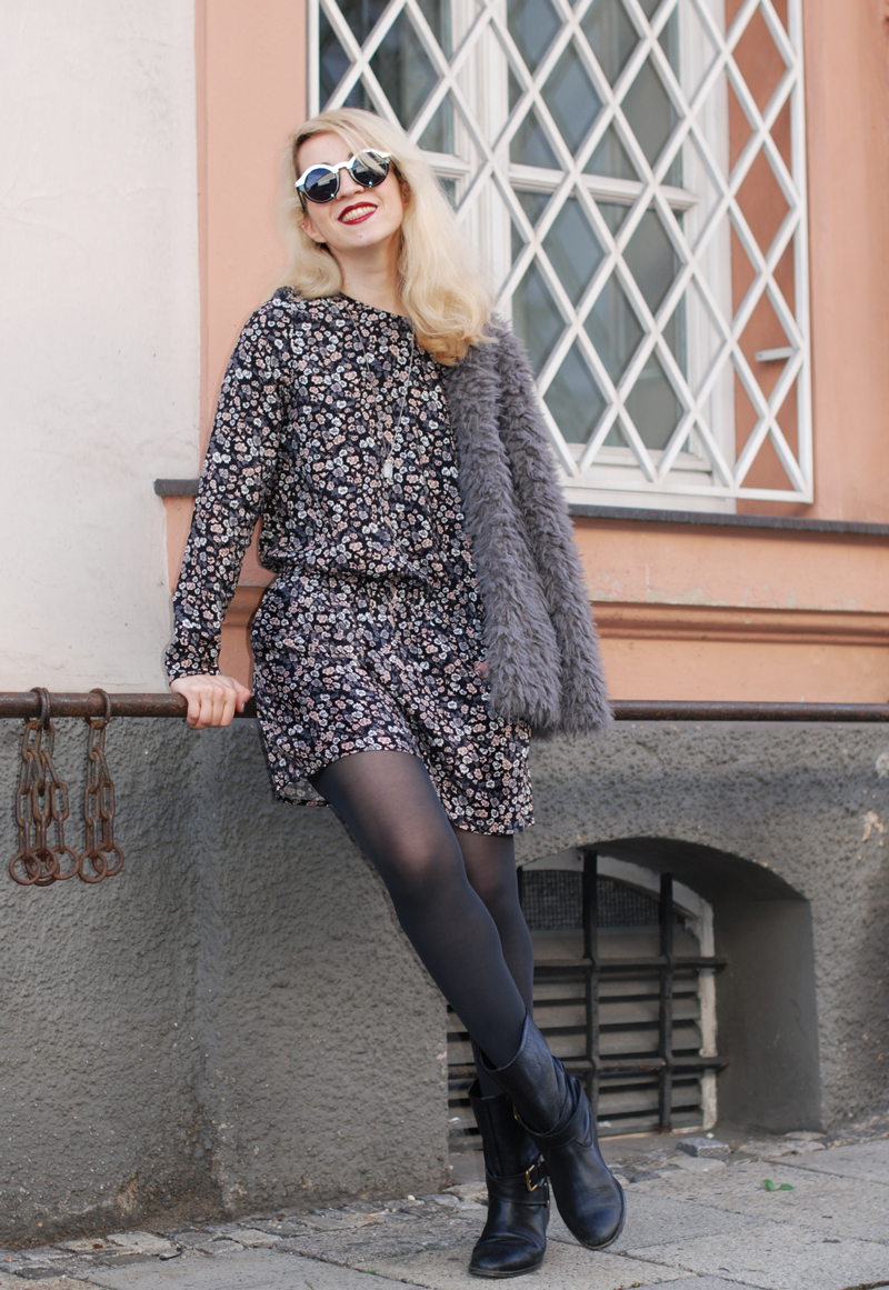 floral-jumpsuit-felljacke-herbst-fall-trend-fashionblogger-muenchen-coat-inspiration-outfit