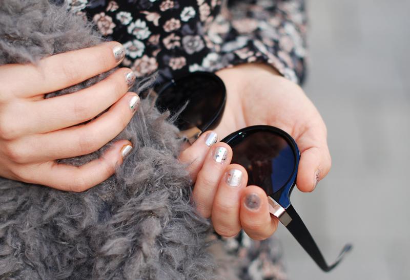 nails-nagellack-floral-outfit-glitter-glitzer-inspiration-fashionblogger