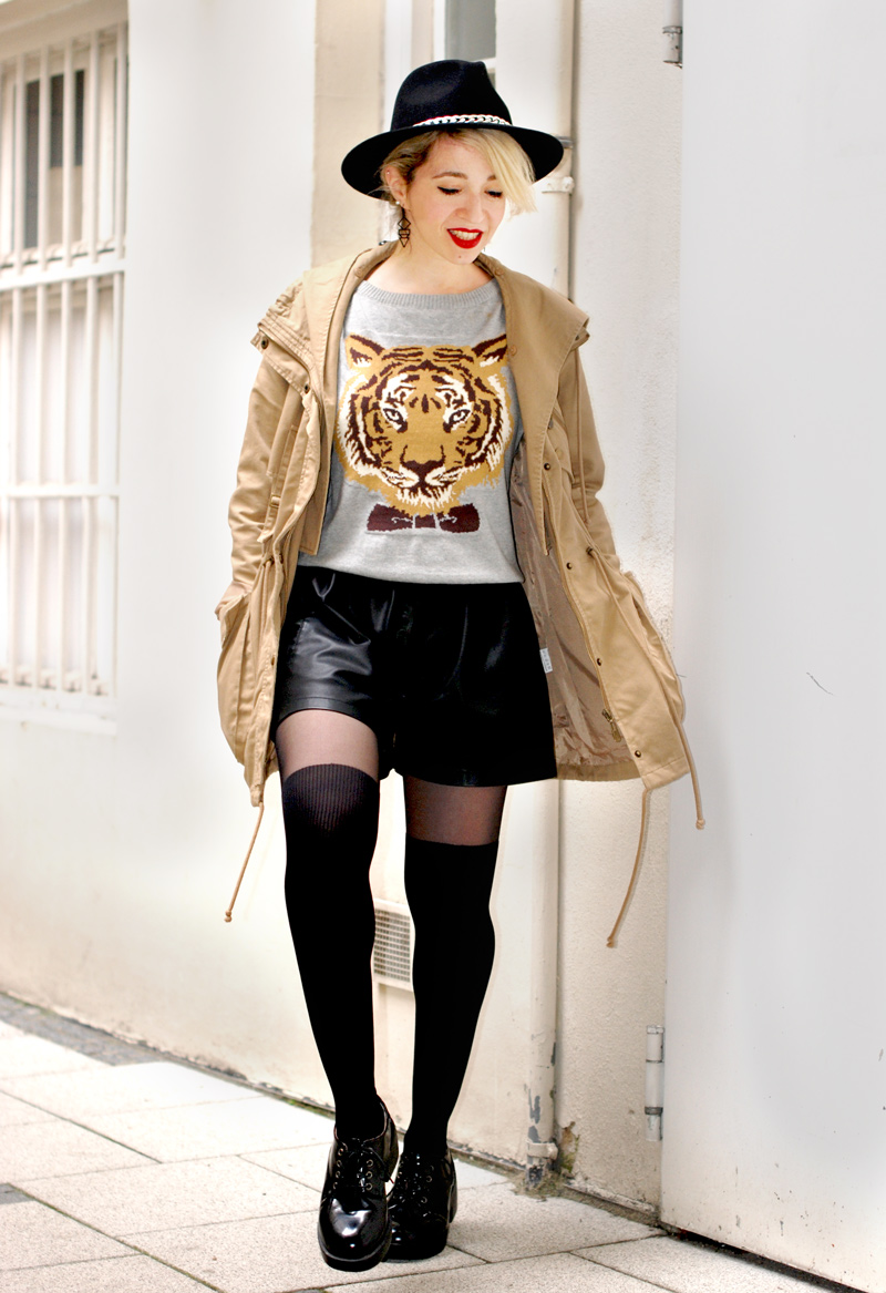 tiger-print-sweater-pulli-overknees-outfit-fashionblogger-3