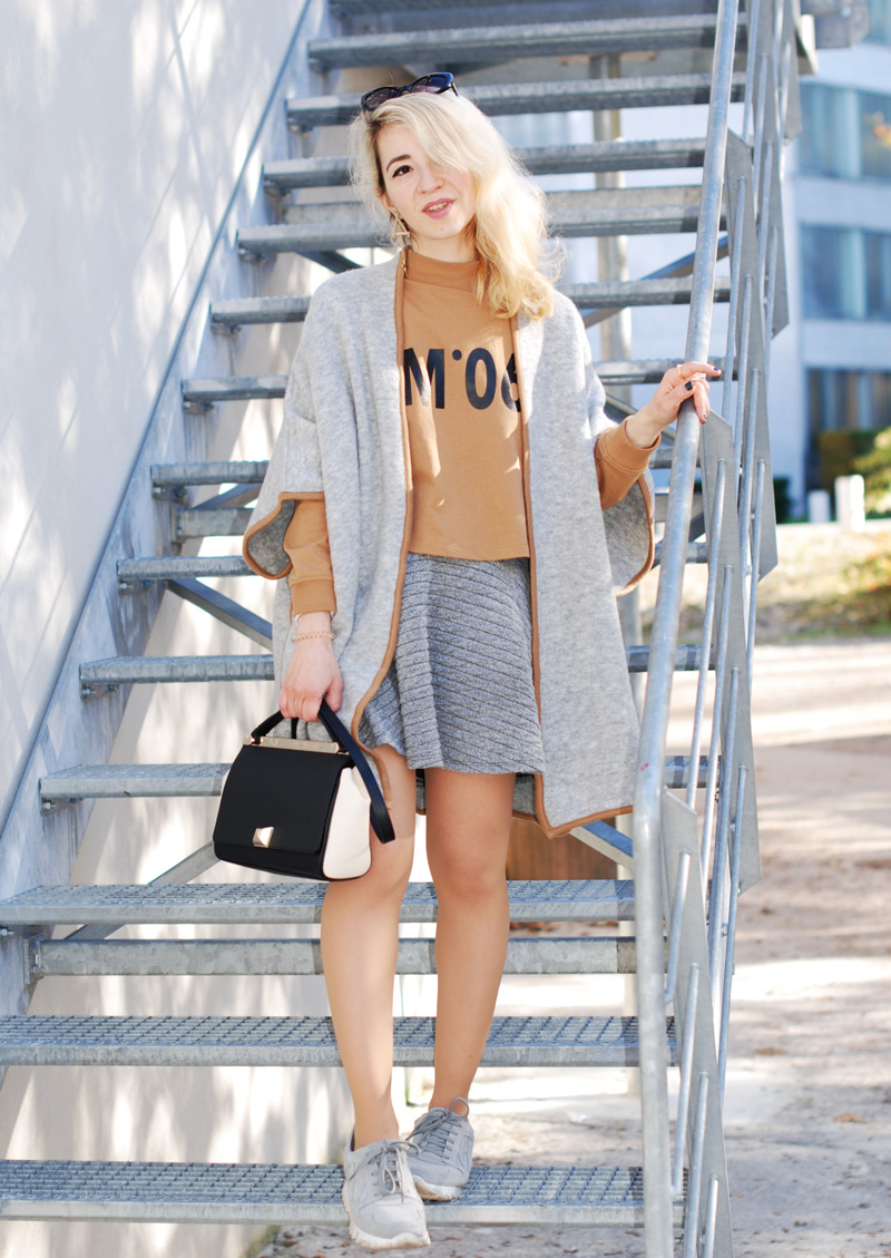 cape-poncho-outfit