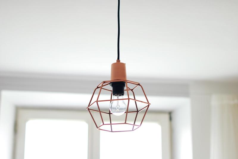 lampe-obstkiste-interior-einrichtung-deko-weihnachten-inspiration-blogger-kupfer-draht