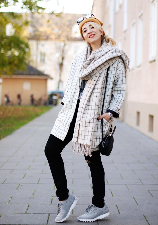 monki-style-checked-coat-karo-mantel-winter-trend-monochrom-outfit-inspiration-blogger-9