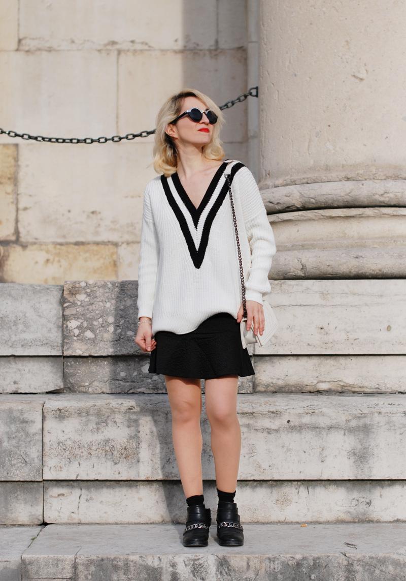 vneck-tennis-pullover-vausschnitt-knit-monochrom-schoesschen-rock-peplum-trend-outfit-2