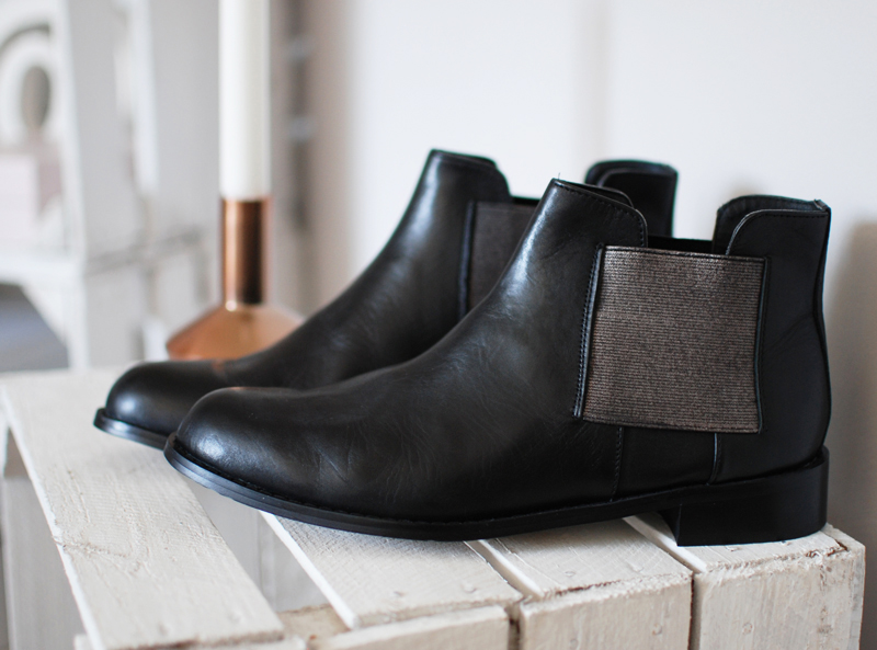 boots-chelsea-shoes-2