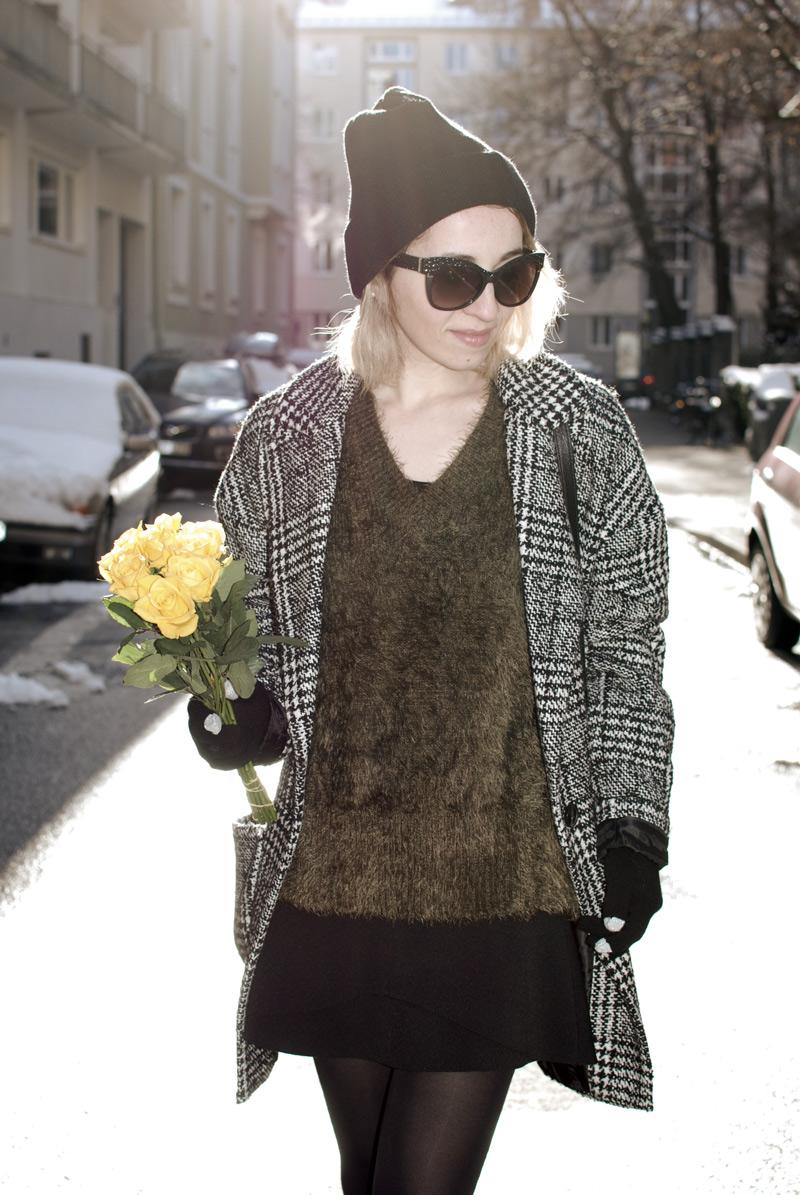fluffy-knit-olive-green-outfit-fashion-blogger-muenchen-inspiration-winter-9