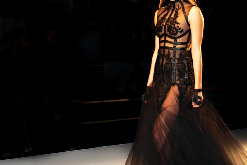 irene_luft_mbfwb-fashionweek-berlin-lace-spitze-designer-fashionshow-runway-laufsteg-kollektion-7