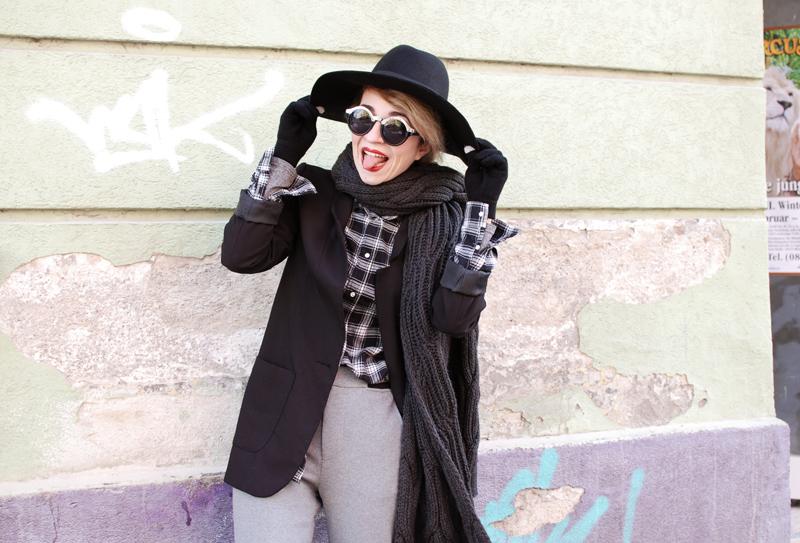 tomboy-check-karo-sweat-pants-jogginghose-kombinieren-blogger-outfit-2