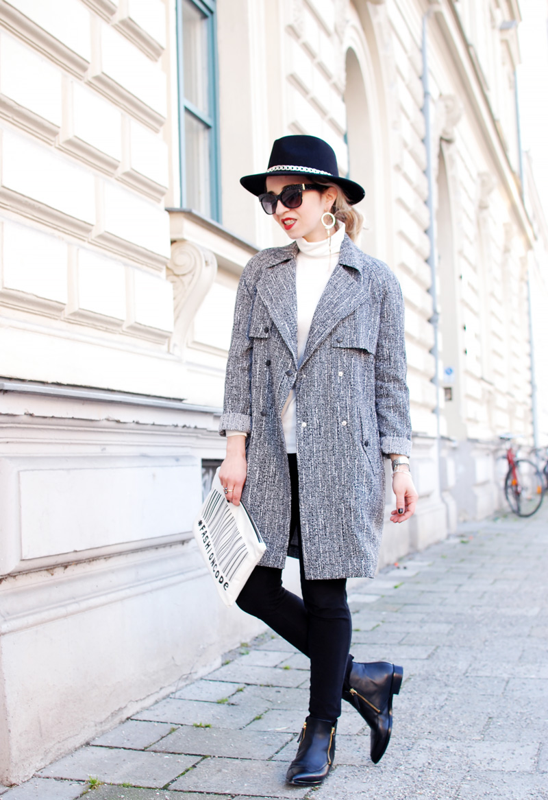 trenchcoat-outfit-spring-monochromatic-trend
