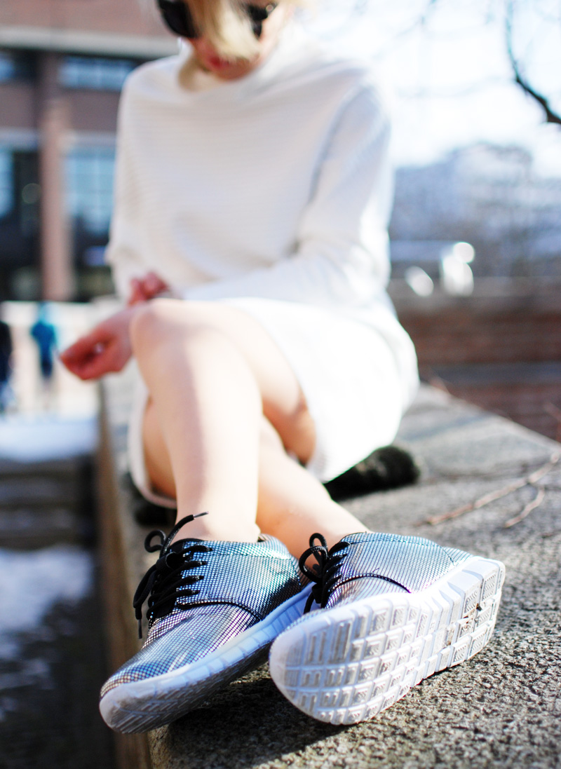 shoes-sneakers-silver-silber-glitter