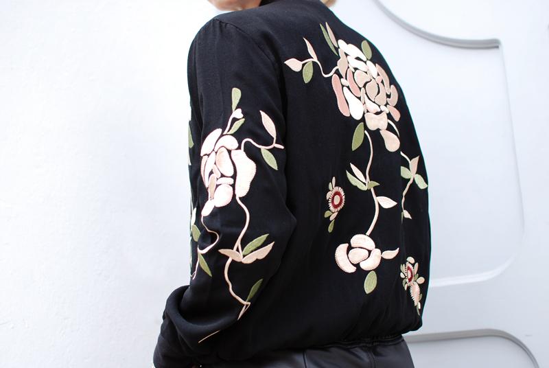 bomber-jacket-floral-bestickt