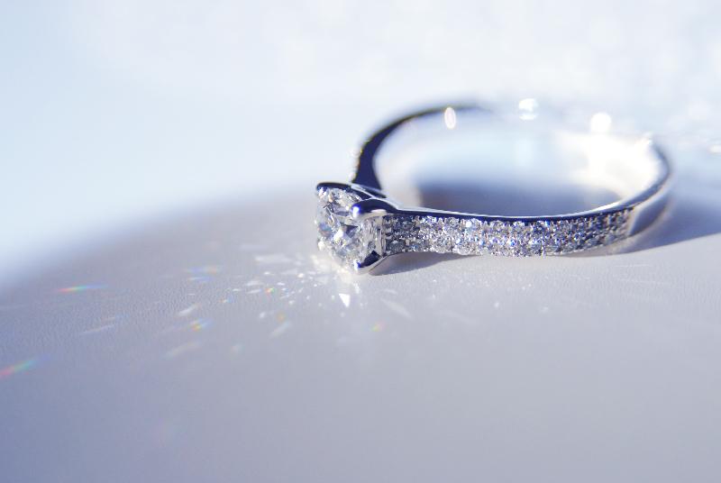 ring-diamant-gut