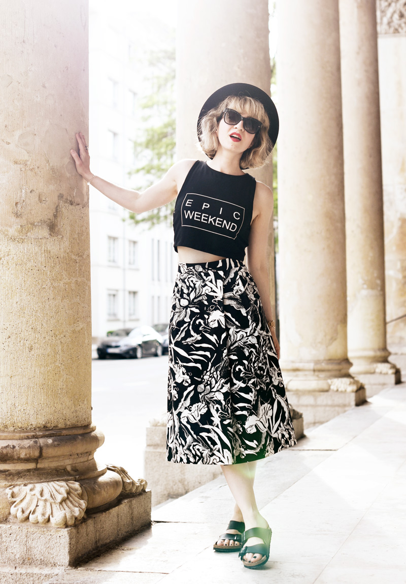 black-and-white-midi-skirt-outfit-fashionblogger-nachgesternistvormorgen-6