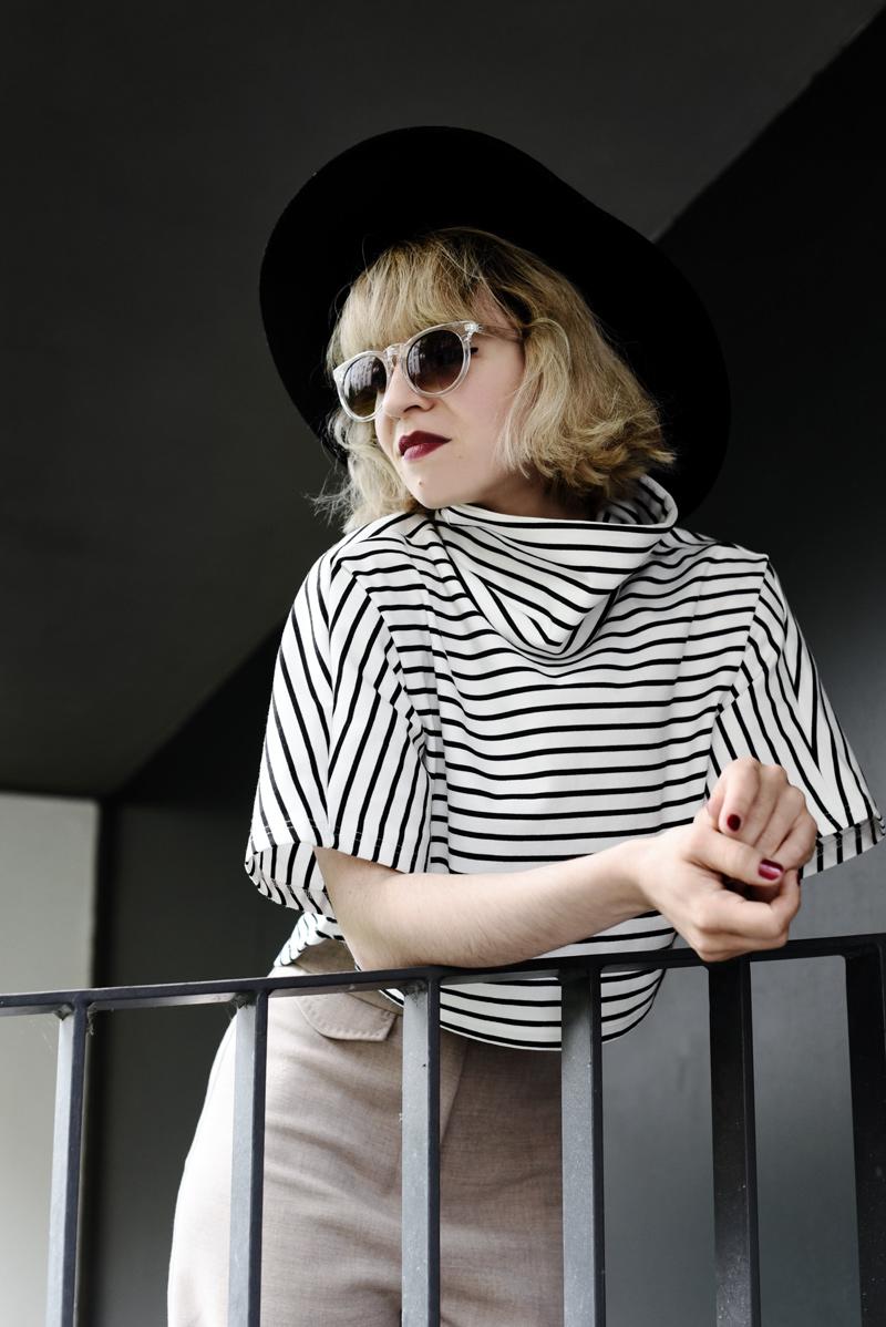 portrait-crop-top-stripes-outfit-fashion-blogger-nachgesternistvormorgen