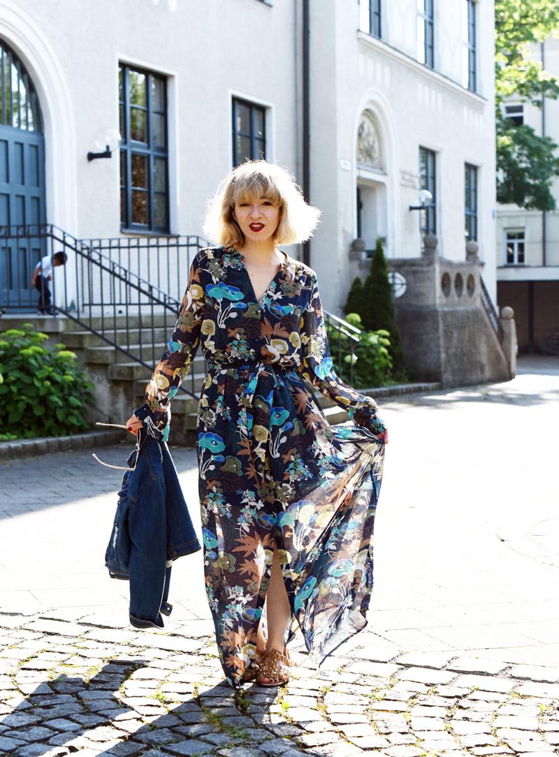 maxi-kleid-dress-70ies-70ger-nachgesternistvormorgen-modeblog-muenchen-outfit-fashion-week-22-Kopie