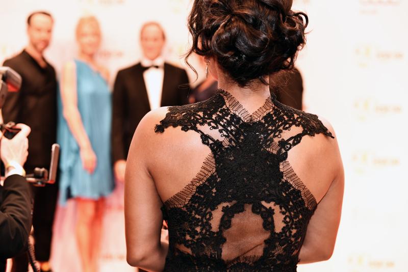 HSE24-TalentAward-Redcarpet-event-gala-blogger-fashion-back-lace-dress-promi