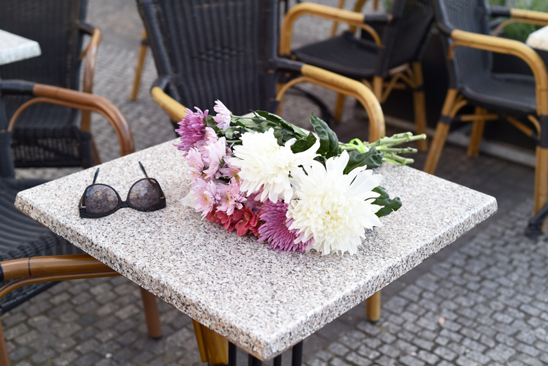 blumen-sonnenbrille-sommer-inspiration