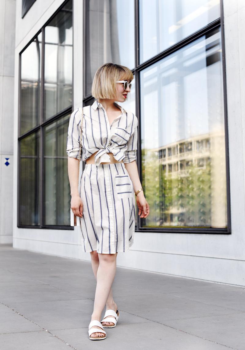 fashionweek-streetstyle-suit-kombi-streifen-hemd-blouse-outfit-look-ootd-nachgesternistvormorgen-modeblog-muenchen-sommer-inspiration-mbfwb-3