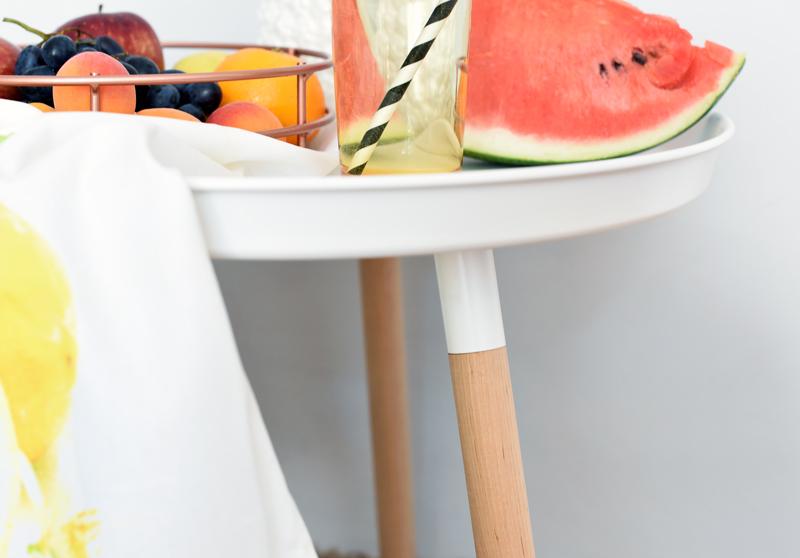 kollected-johannaklum-nachgesternistvormorgen-interior-living-home24-deko-obst-style-blogger-einrichtung-beistelltisch