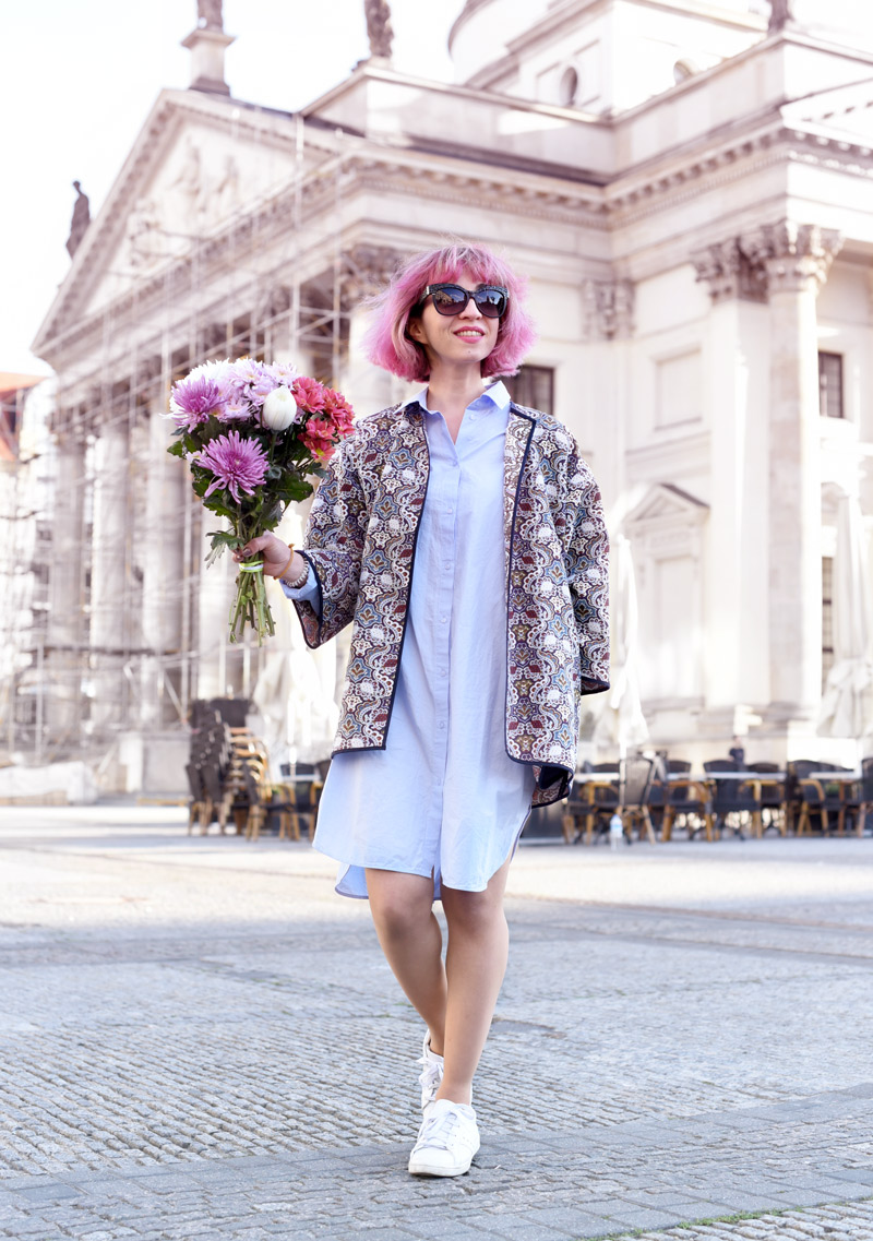 outfit-blogger-pinke-haare-pinkhair-nachgesternistvormorgen-muenchen-modeblogger-mbfwb-look-streetstyle-blouse-blusenkleid-222