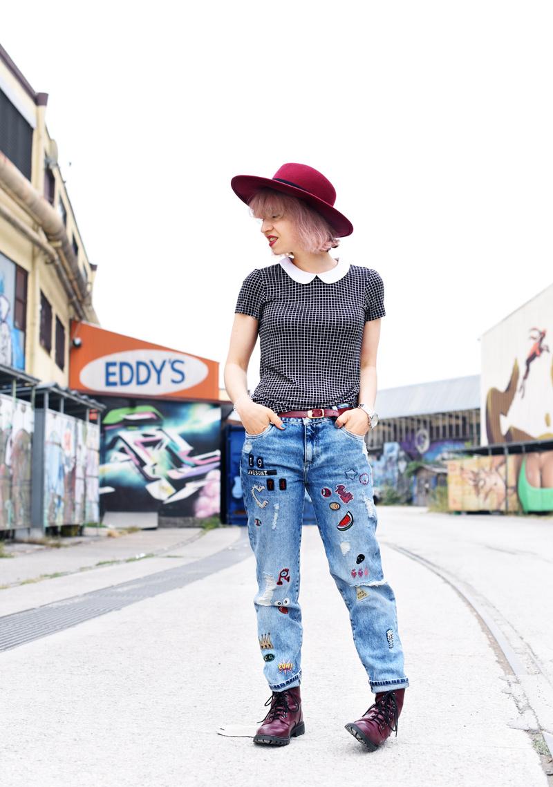 outfit-denim-jeans-zara-patches-docmartens-hat-edgy-style-nachgesternistvormorgen-fashionblog-muenchen-modeblogger-1