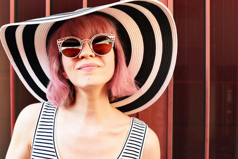 portrait-fun-fashionblogger-sunglasses-sonnenbrille-eyewear-accessory-summer