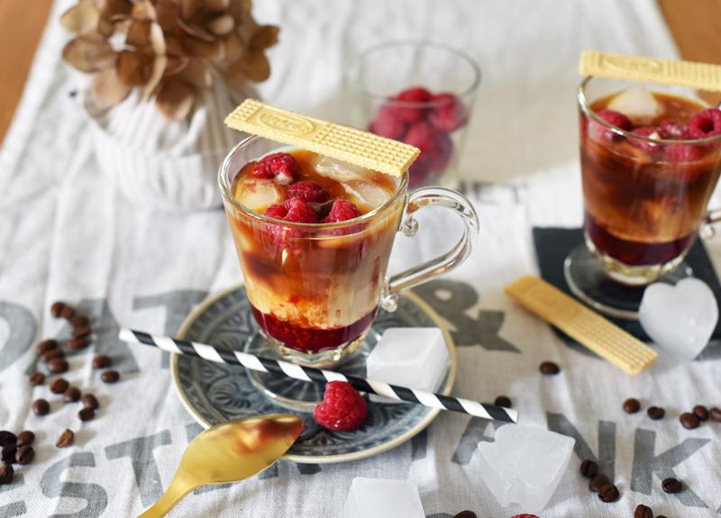 recipe-rezept-sommer-cold-drink-eiskaffee-himbeeren-raspberries-iced-coffee