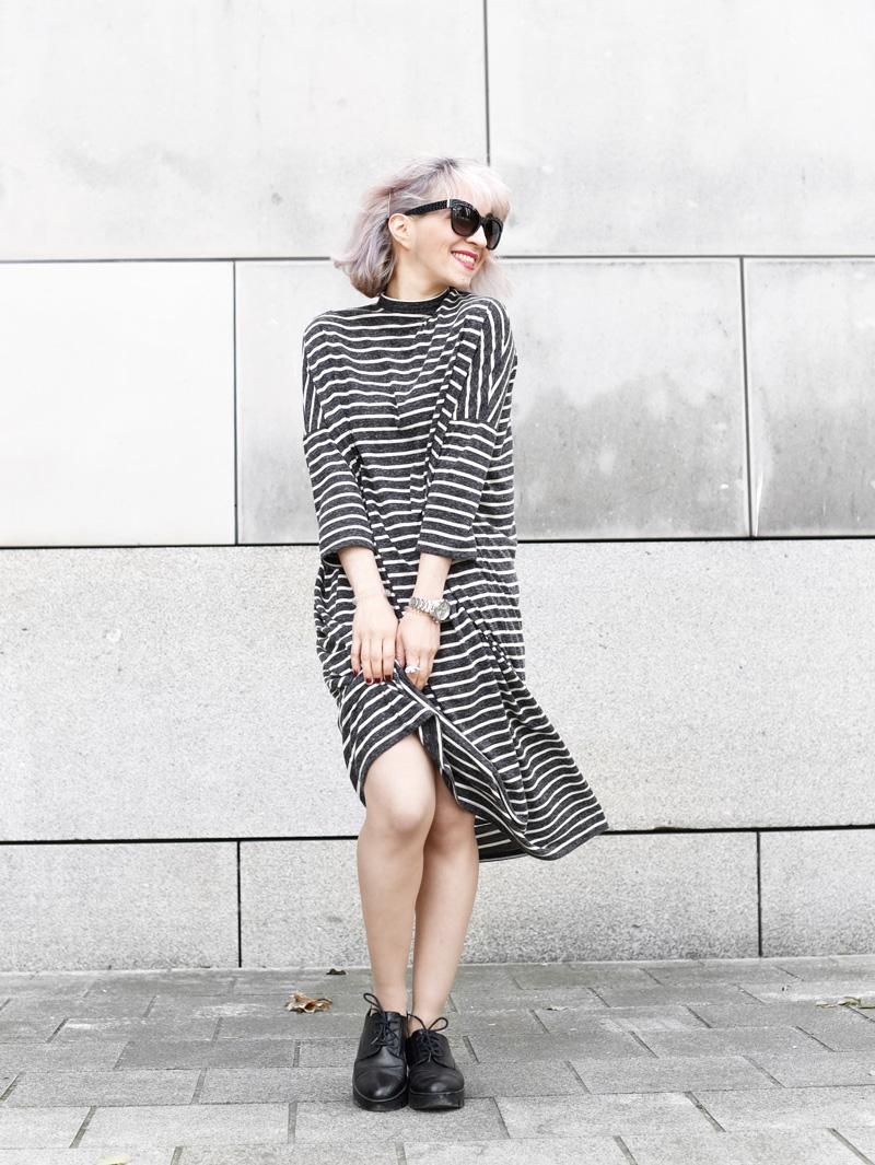 monki-dress-striped-maxi-midi-oversized-trend-fall-fashionblogger-munich-muenchen-nachgesternistvormorgen-streetstyle-2