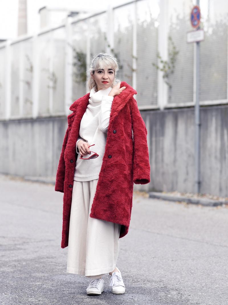 red-coat-wool-pelz-fall-herbst-outfit-fashionblogger-nachgesternistvormorgen-muenchen-rene-lezard-fur-1