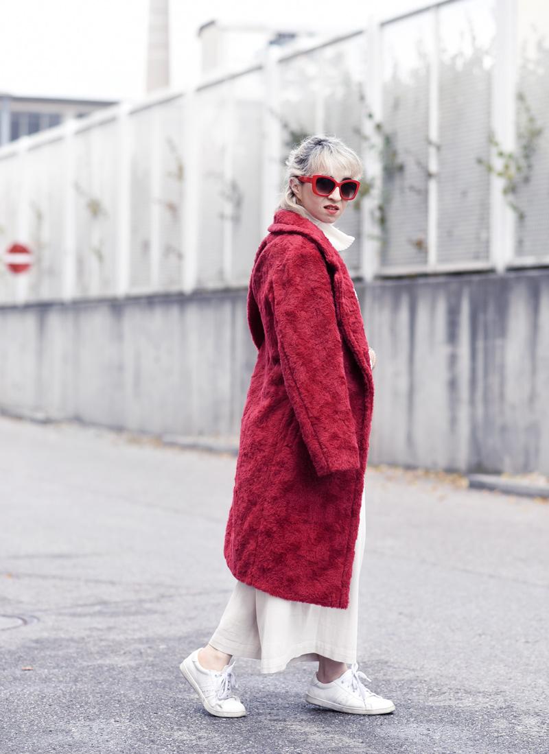 red-coat-wool-pelz-fall-herbst-outfit-fashionblogger-nachgesternistvormorgen-muenchen-rene-lezard-fur-3