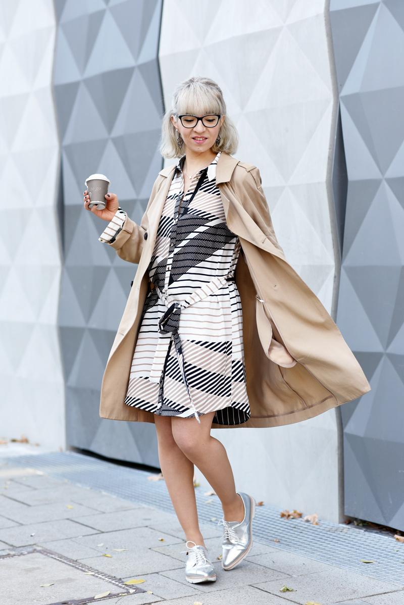 asos-business-outfit-buero-look-nachgesternistvormorgen-fashionblog-modeblog-muenchen-graphic-print-blouse-dress-55