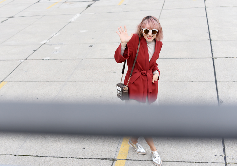 outtake-red-kimono-jacket-outfit-blogger