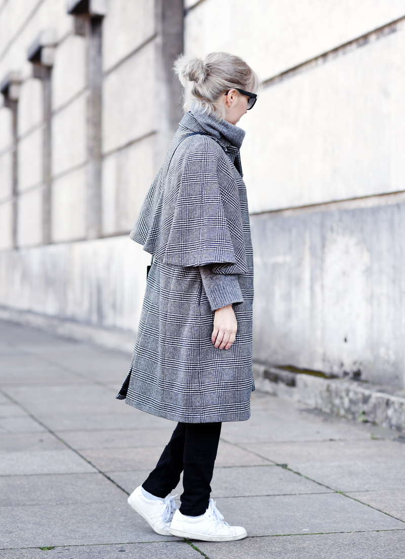 cape-coat-mantel-zara-nachgesternistvormorgen-fashionblogger-modeblog-glencheck-handstooth-hahnentritt-back